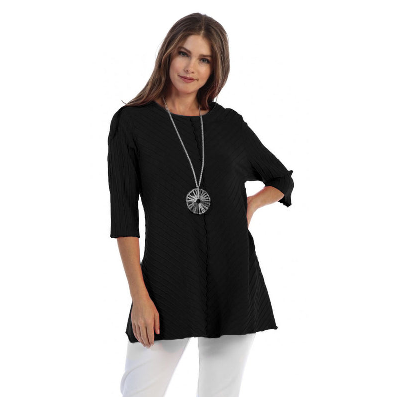 Focus Diagonal Rib High-Low Tunic in Black - CS-342-BLK