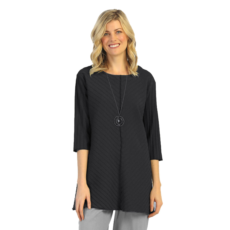 Focus Diagonal Rib High-Low Tunic in Midnight - CS-342-MIDCH - Size S Only