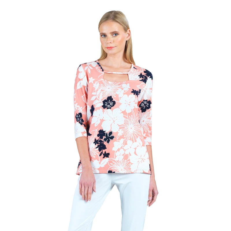 Clara Sunwoo Spring Floral Cut-Out Top in Pink - T252P4