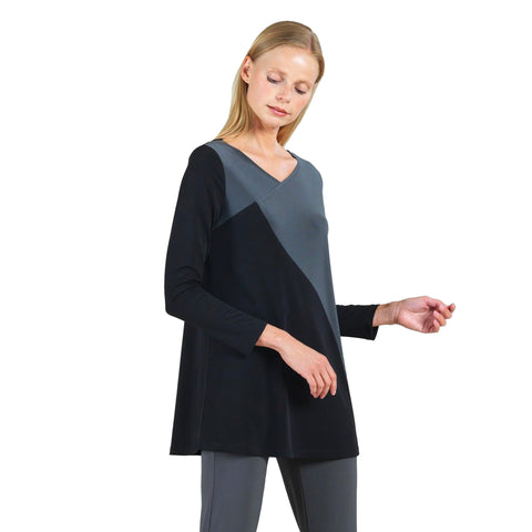 Clara Sunwoo Colorblock V-Neck Tunic in Black/Grey - TU3-BLK