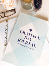 Load image into Gallery viewer, Grateful Day Journal