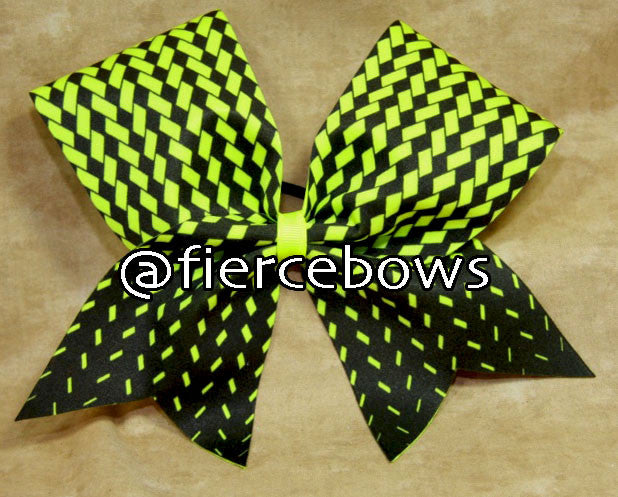 Heads Up Cheer Bow