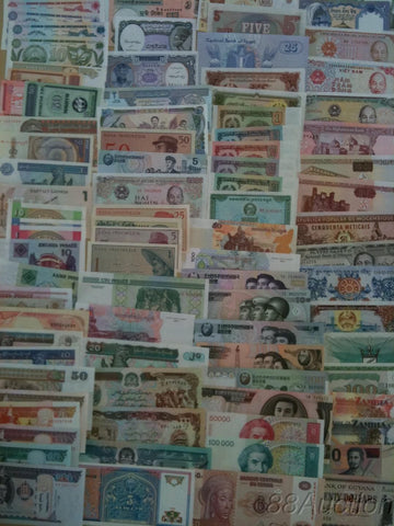 100 Different world paper money collection, UNC genuine banknotes