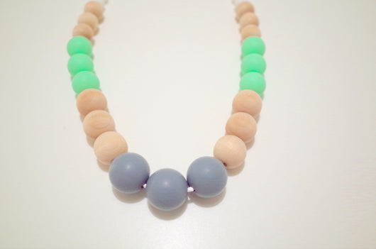 ModFresh Modern Raw Wood and Round Bead Combo in Mint