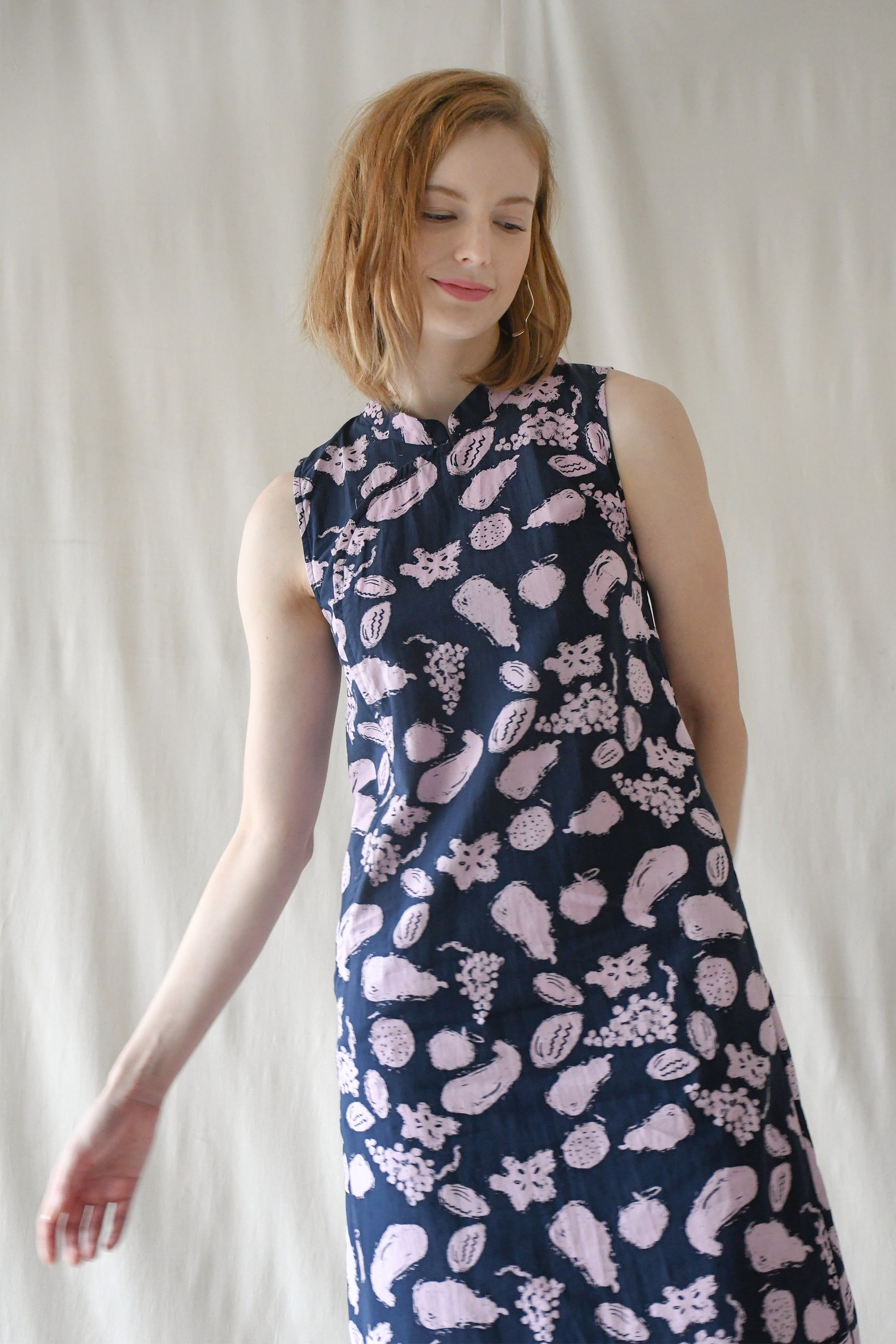 Victoria Shift Dress / Navy Fruits