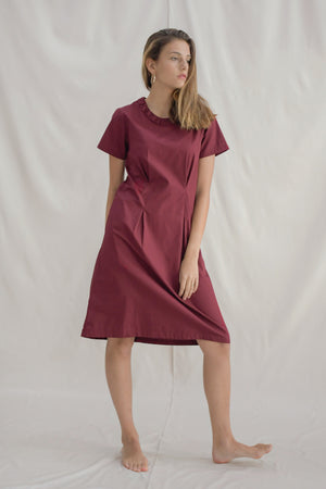Ruched Tee Dress / Burgundy