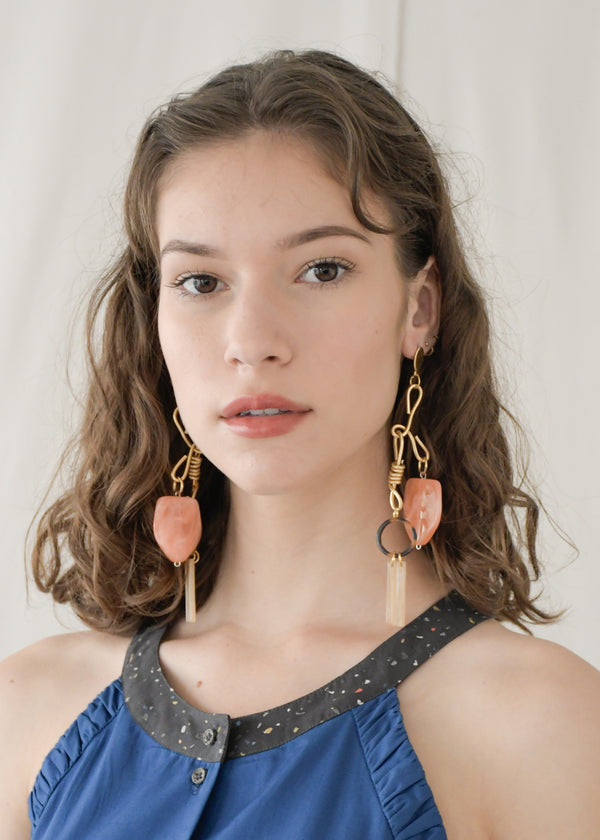 Riley Earrings / Peach