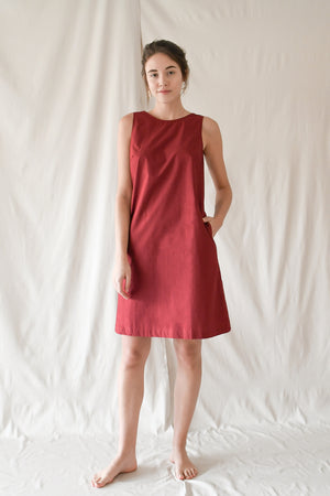 Dip Shift Dress / Raspberry