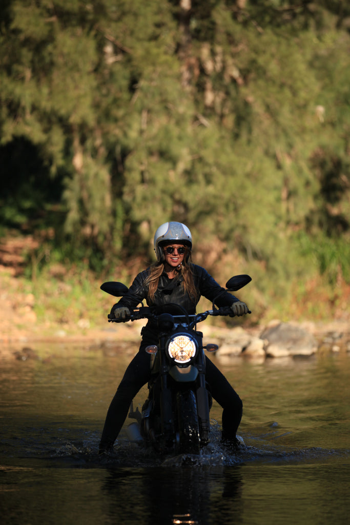 Nina taking on the Wollondilly River