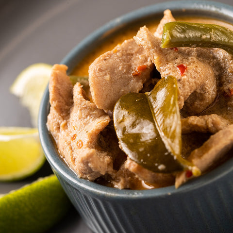 ready made home delivery meals featuring Pork and kaffir lime curry