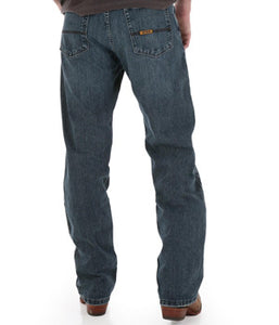 Wrangler No. 33 20XTREMEТЎ Relaxed Straight Leg - 33MWXBG