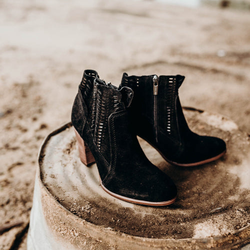 Fenyia Ankle Boots