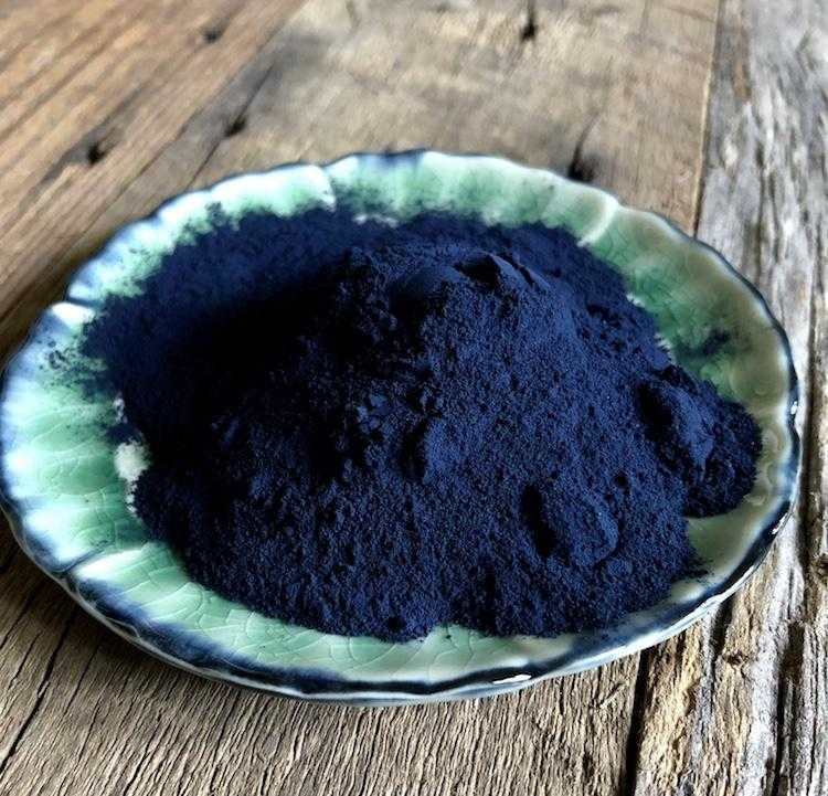 Natural Dyes - Woad Extract - Isatis Tinctoria