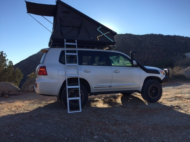 Eezi Awn Stealth Hard Shell Roof Top Tent Main Line Overland