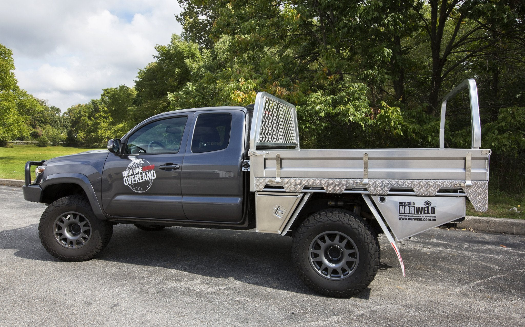 Nissan Frontier - Aluminum Bed - Before & After - YouTube  |Nissan Frontier Flat Bed
