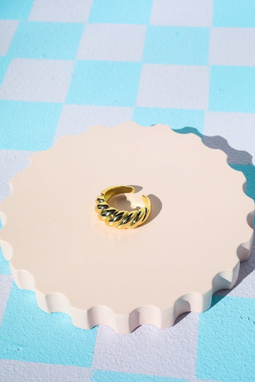 Raised Wave Ring Rings Mulberry & Grand Gold