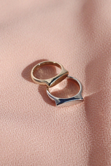 Signet Stacking Ring Rings Mulberry & Grand