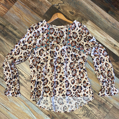 Leopard Embroidered Shoulder Top