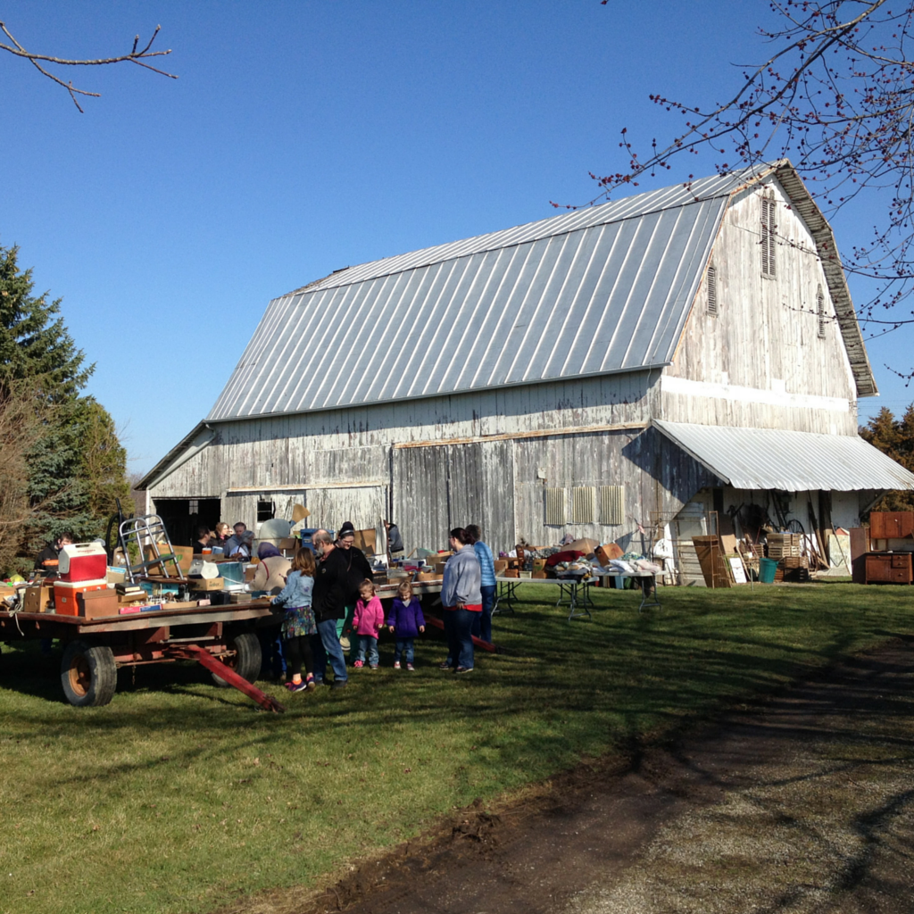 Estate auction in the heart of farm country