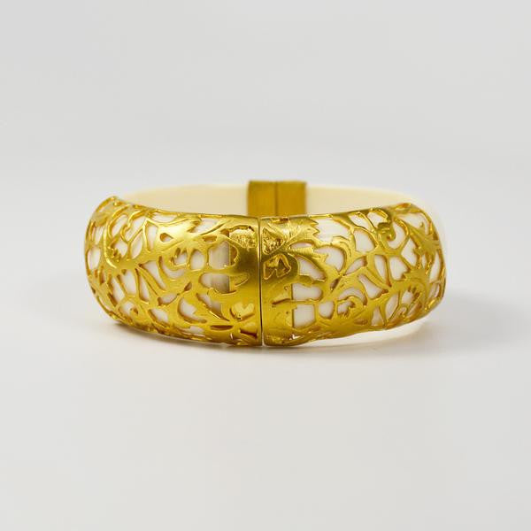 Manjusha Resin Bangle with Intricate Gold Plating - The Passionate Collector