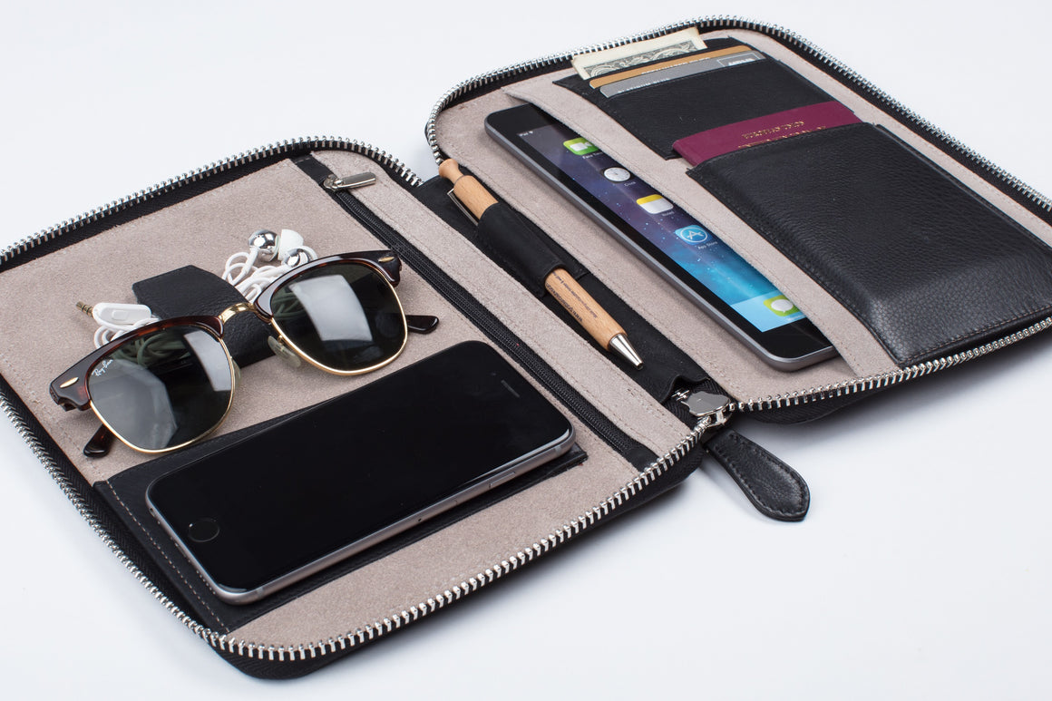Organizer - Medium (Black Napa)