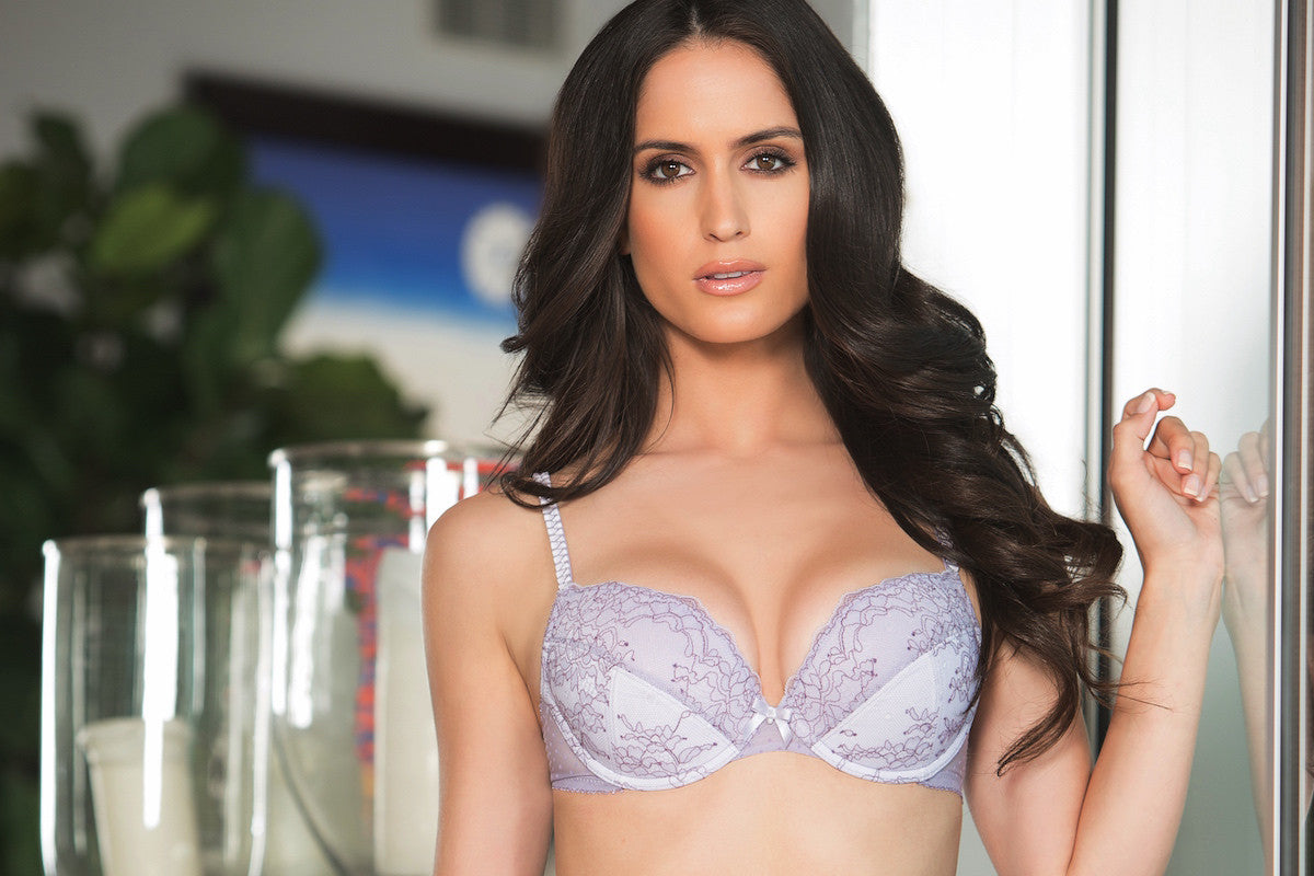 Affinitas Intimates, Sexy T-Shirt Bra to a Sophisticated Bustier