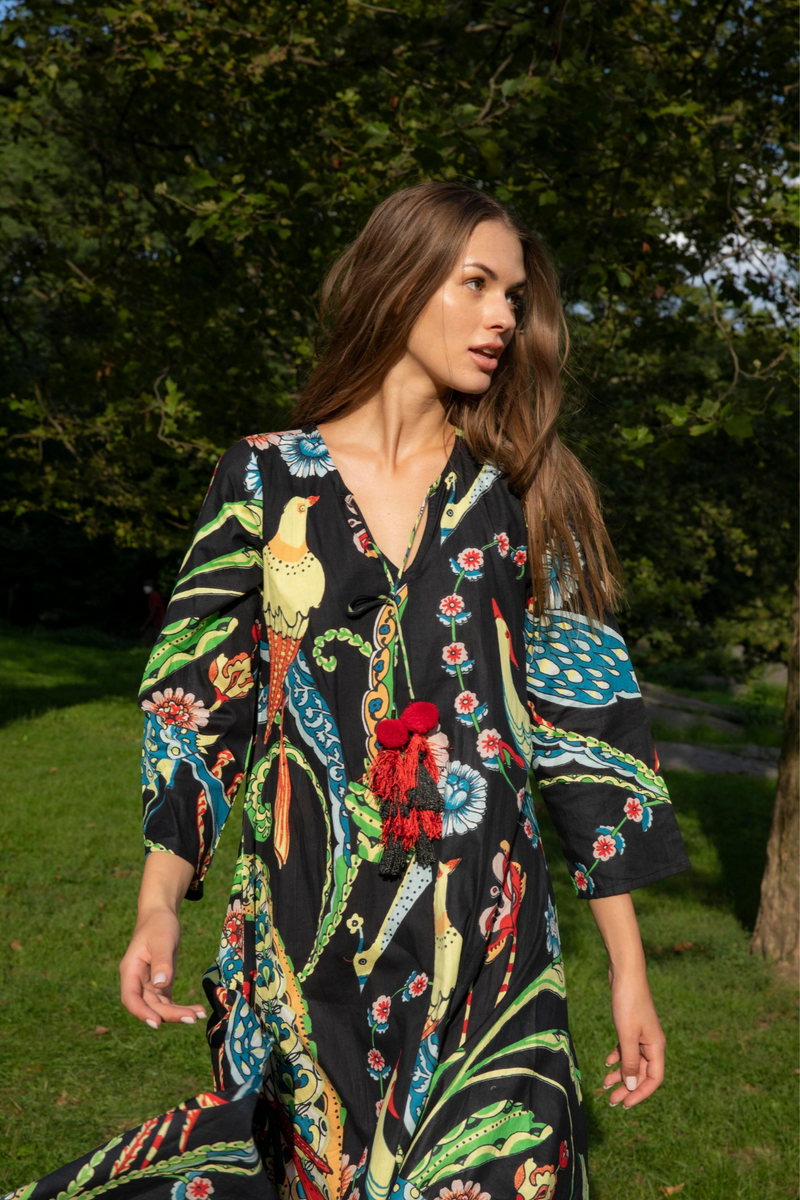 TROPICAL RAVEN BIRDS TUNIC