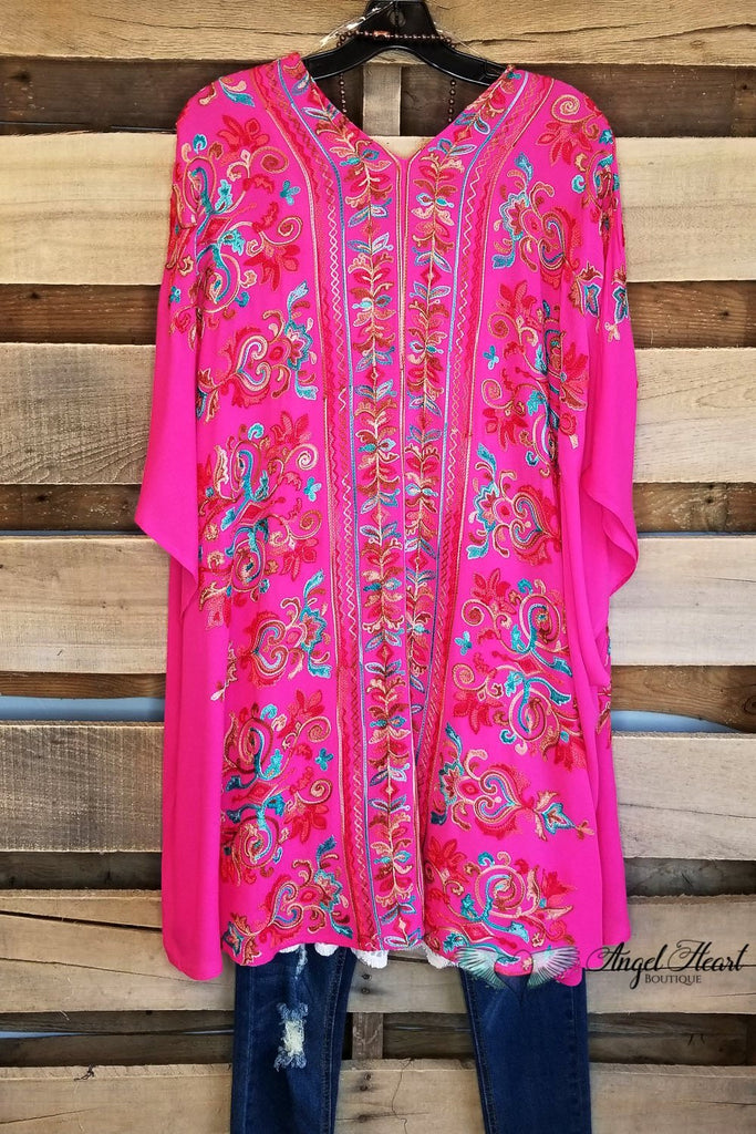 More Than Words Kimono - Fuschia [product type] - Angel Heart Boutique