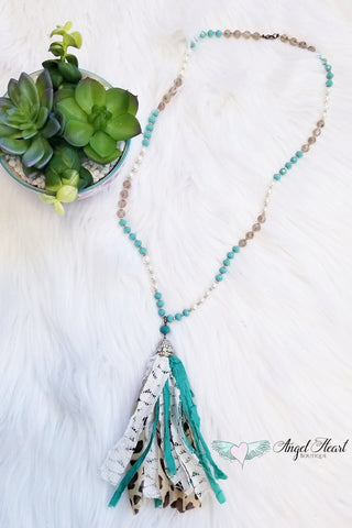 Full Moon Necklace - Ivory