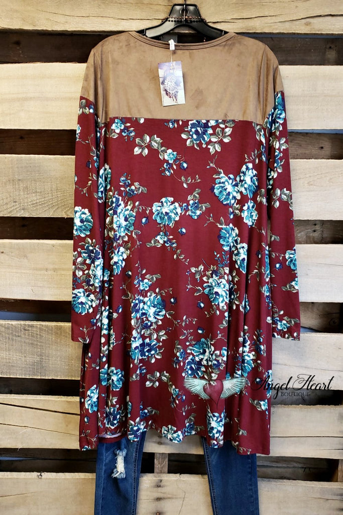 Fall In Love Tunic - Burgundy