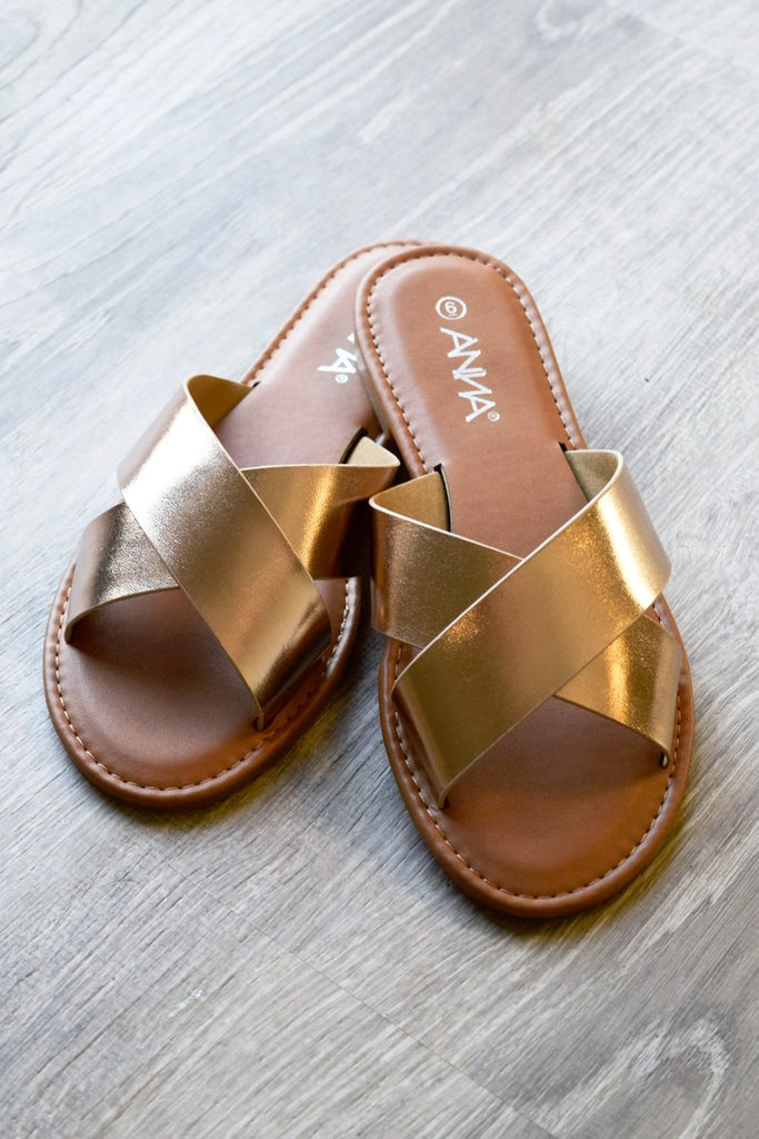 Comfy Flat Everyday Sandals - Rose Gold