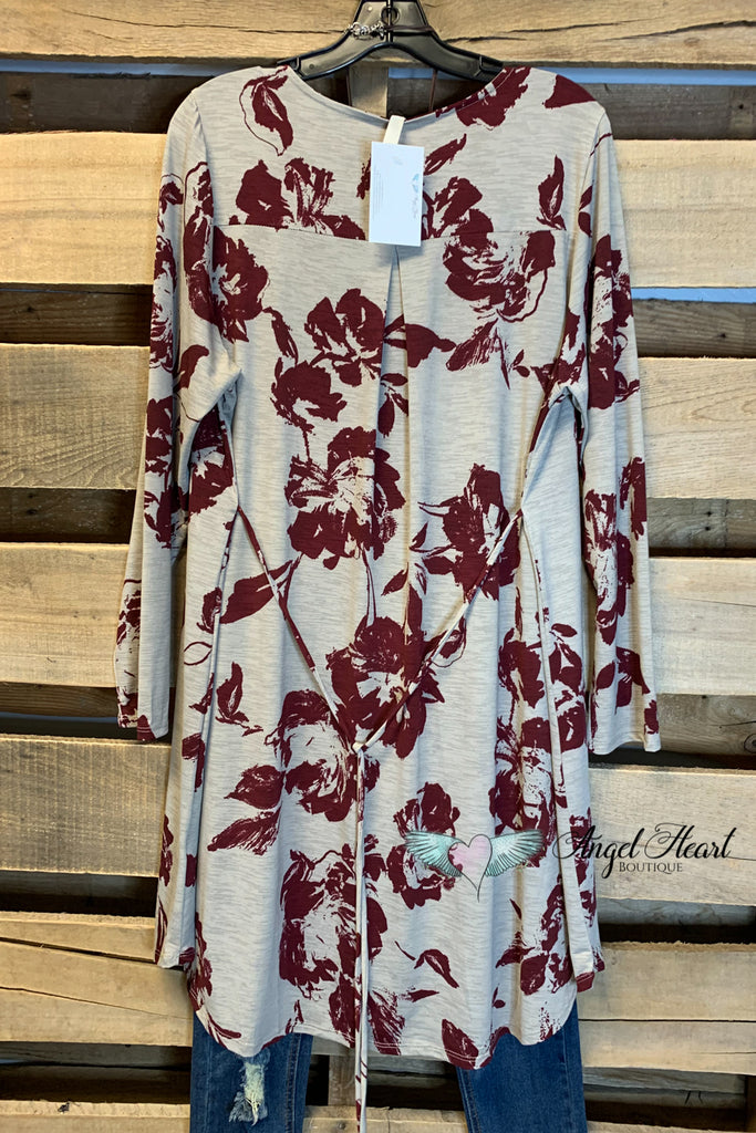 Crossed My Mind Tunic - Taupe /Burgundy