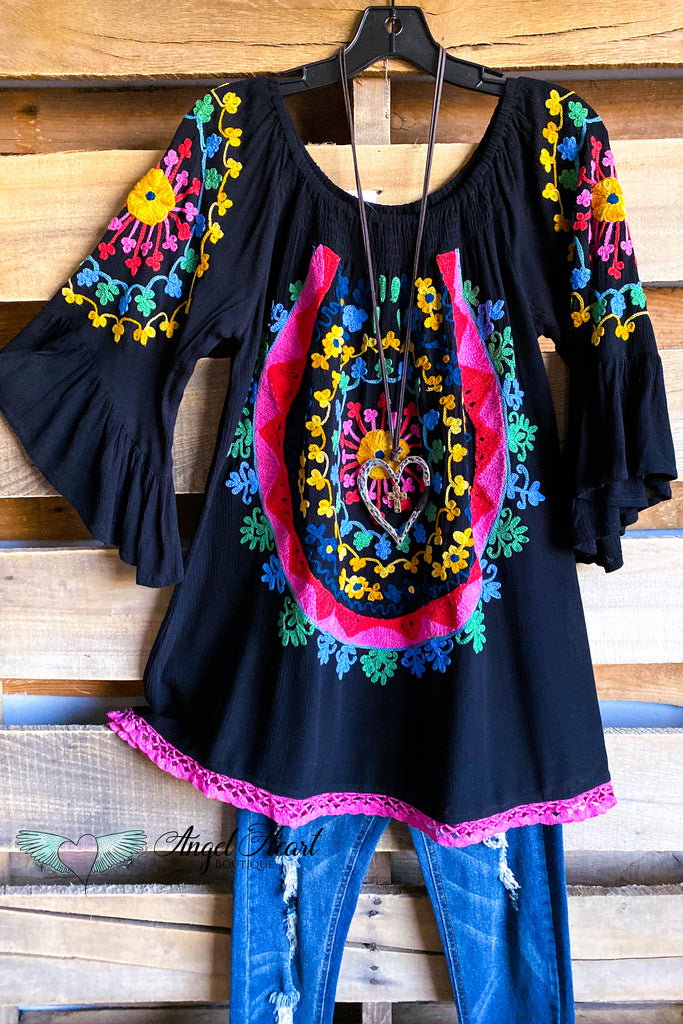 AHB EXCLUSIVE: Sweet Talker Tunic - Black