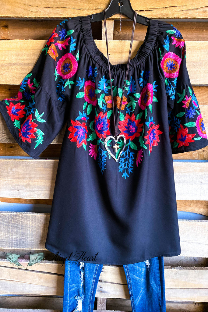 AHB EXCLUSIVE: Endless Romance Tunic - Black