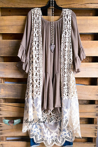 AHB EXCLUSIVE: Long Awaited Lace Cardigan - Beige/Big Rose