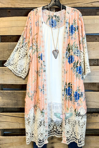 AHB EXCLUSIVE: Finding Perfection Kimono  - Lt Pink
