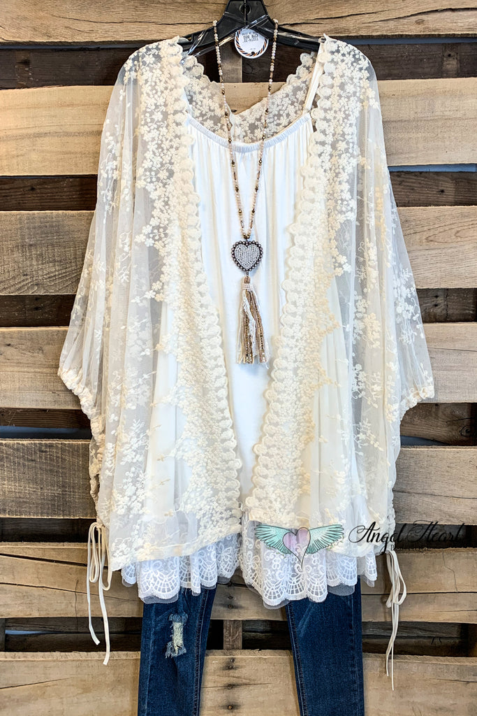The Sweetest Song Lace Kimono - Natural