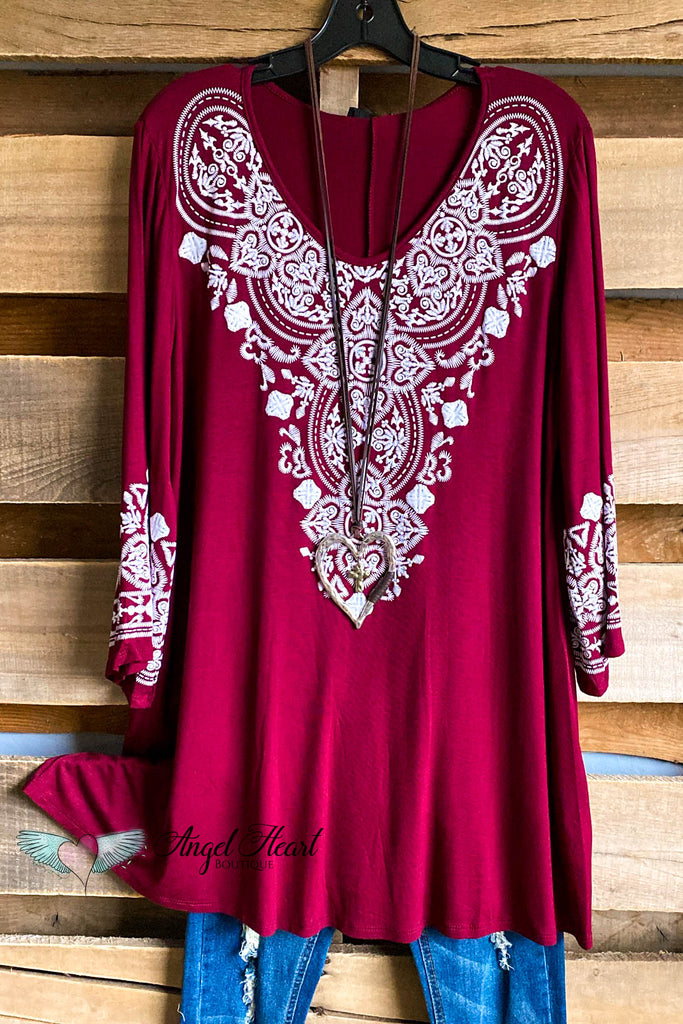 Sweet Memories Tunic - Burgundy