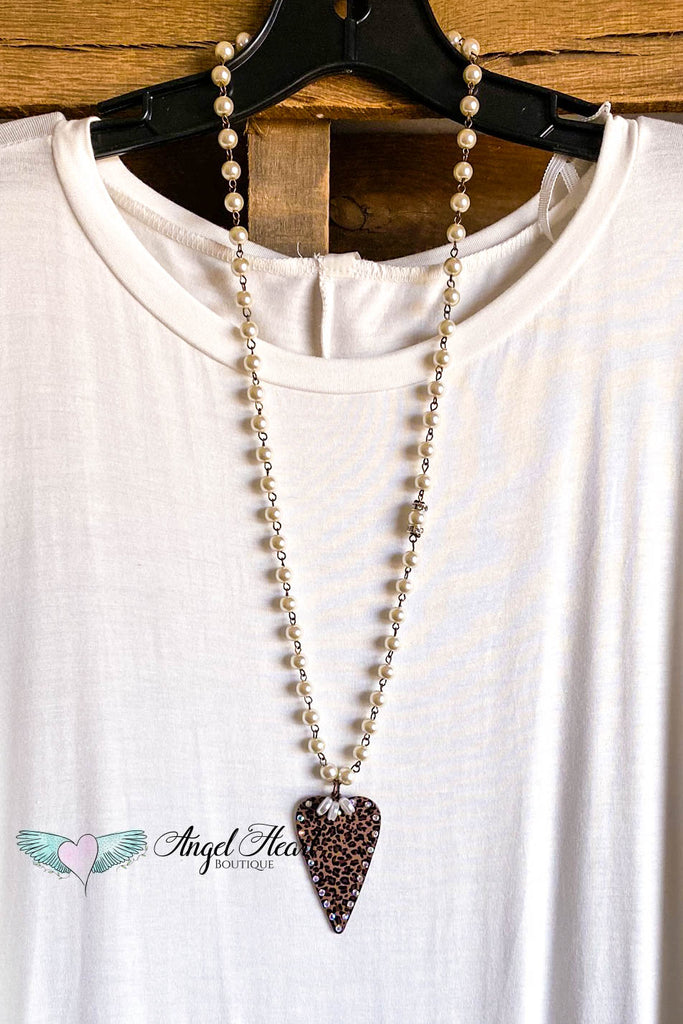 Pearl Statements Necklace - Leopard