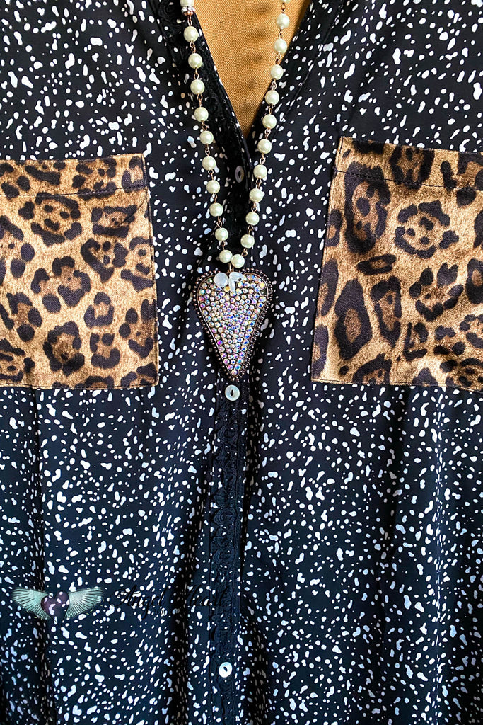 Sharp & Chic Blouse - Black/Leopard