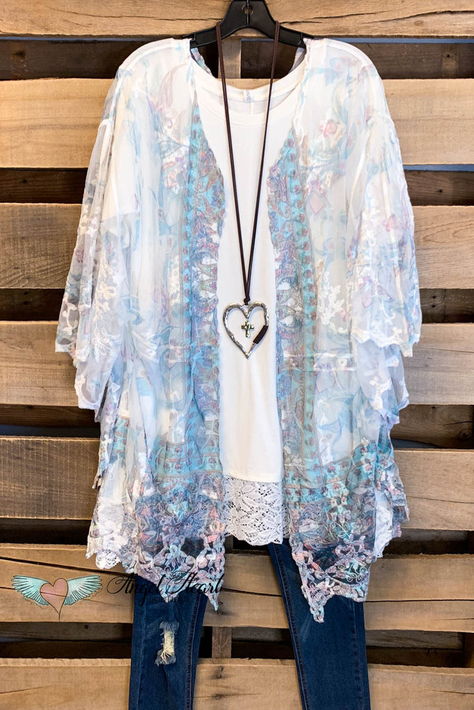 AHB EXCLUSIVE: Finding Perfection Kimono - Turquoise