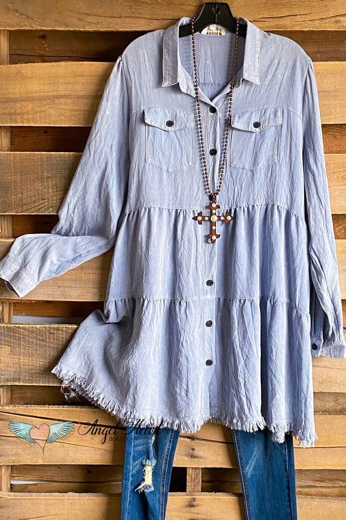 World Traveling Dress - Lt. Denim