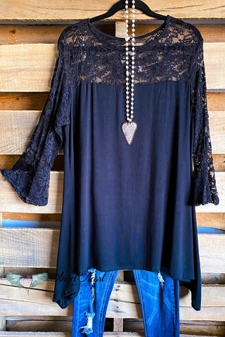 AHB EXCLUSIVE: Gotta Keep Going Kimono - Blue