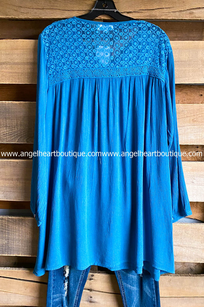 AHB EXCLUSIVE: Inspirational Dreams Tunic - Blue