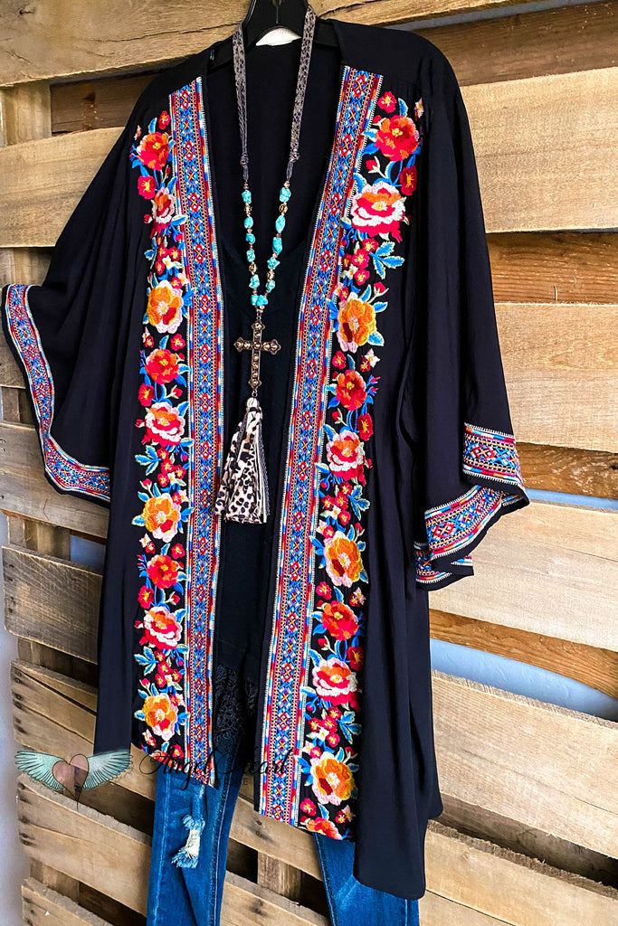 Sweeping Entrance Cardigan - Black