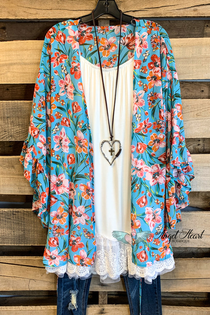 Wish You Would Stay Kimono - Floral Blue