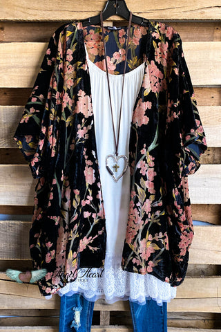Botanical Beauty Kimono - Hunter Green