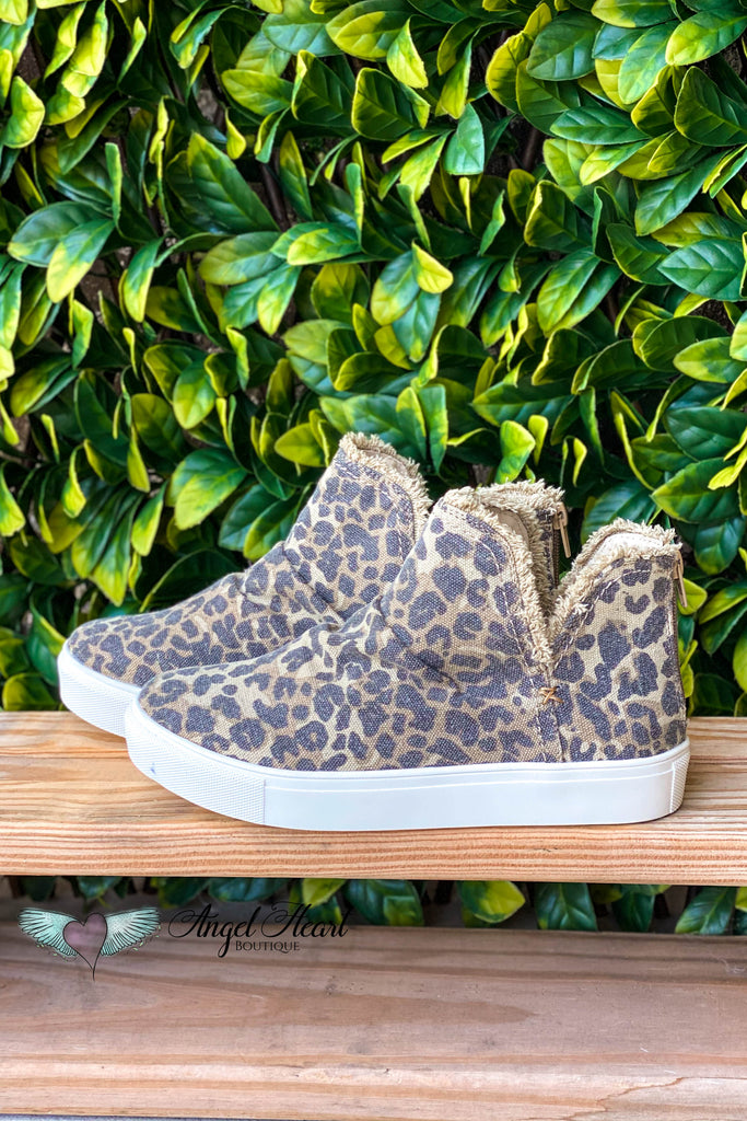 Attached Attention Shoes - Leopard