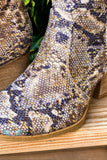 A Kiss Walking Booties - Gold
