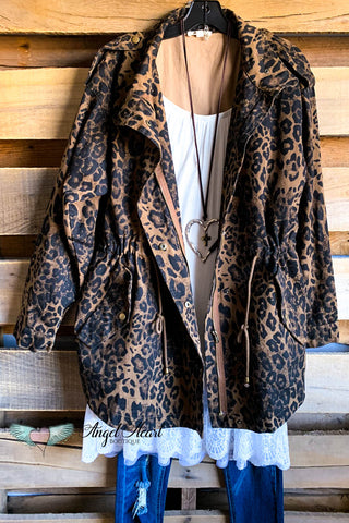 Walk the Talk Top - Leopard Mocha